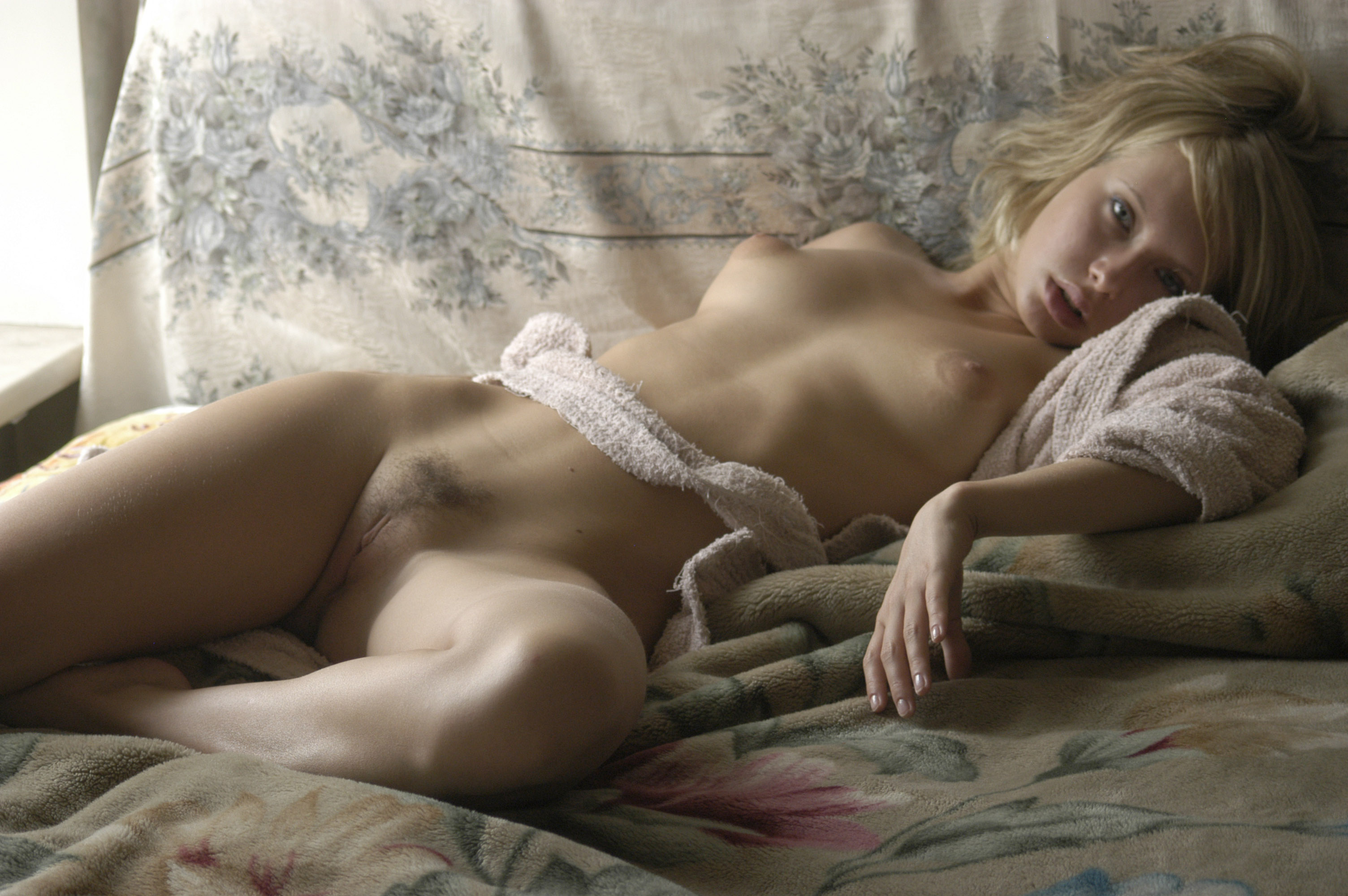 Обнаженные Девушки Интимные Места