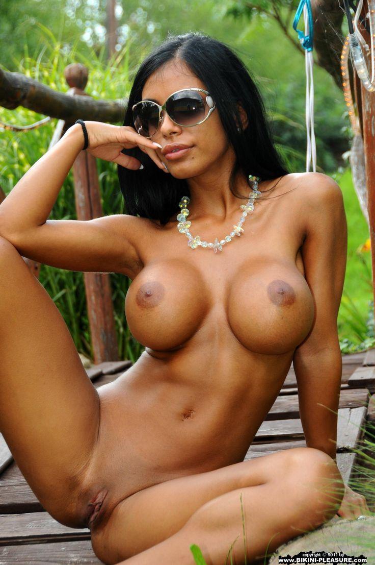 Kyra black free porn pics