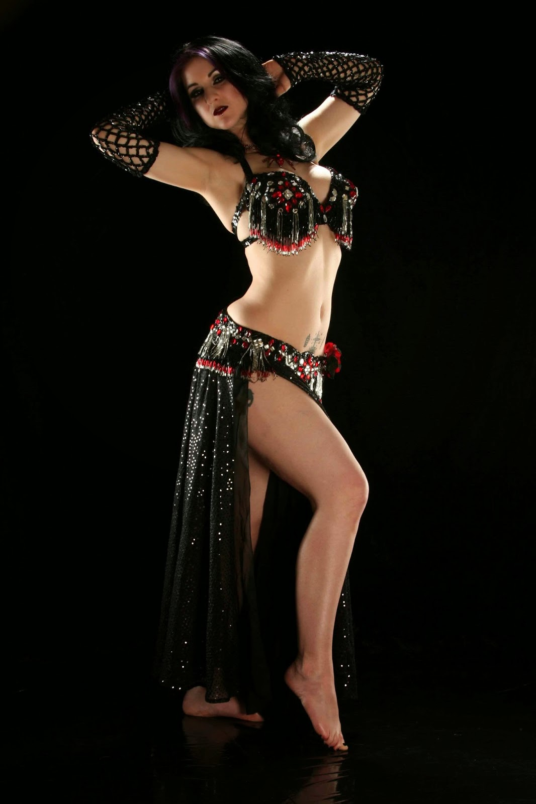 Sexy argentinian woman belly dancer by rocketclips
